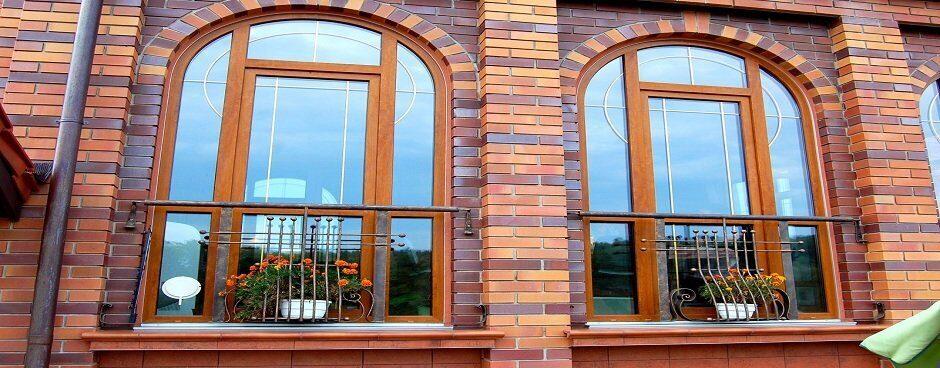 Окна в доме из бруса
